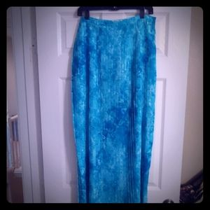 Teal and white pleated colored skirt